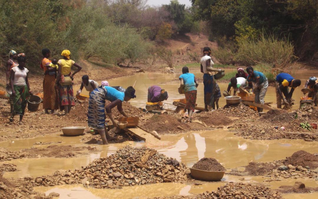 L'orpaillage comme levier vers un développement durable ? – Burkina Faso, Ghana, Guinée, Uganda, Tanzanie, Brésil